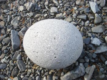 拾った漬物石