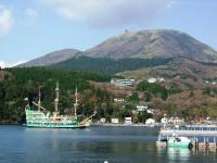 芦ノ湖 海賊船?