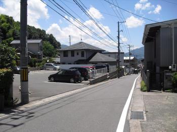 上の駐車場 (2)