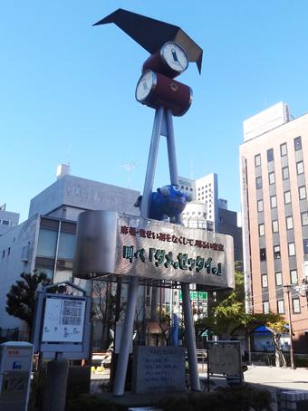 亀戸駅前広場の時計台