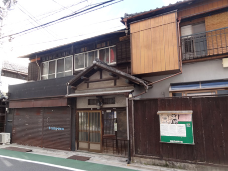 根津駅周辺02