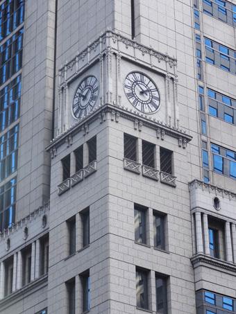 野村ビルの時計塔