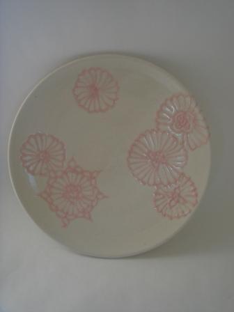 白釉ピンクヘナ入りソーサー皿