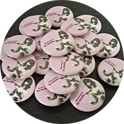 la moda 20091229 badge