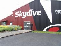 Dec 24th, 2011 Sky diving in Rotorua (8)