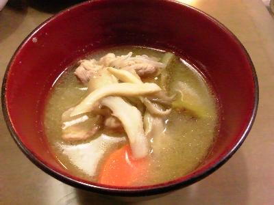 2月10日、排雪の日の豚汁。