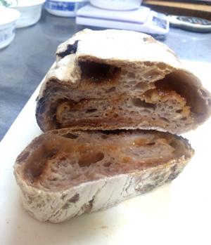 プラムパン