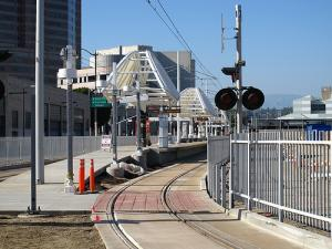 Gold Line_2009 08
