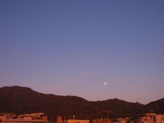 20100129_夕空と月1