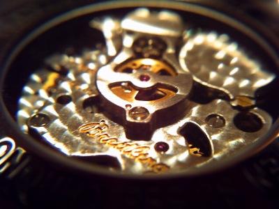 20100610_時計の裏-vm