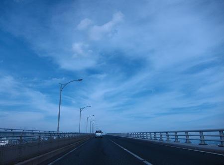20100911_空に向かう橋