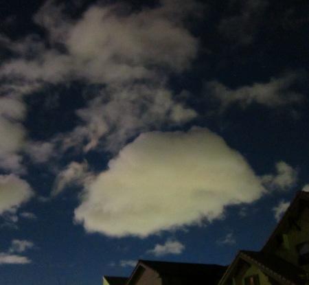 20101026_夜空の雲