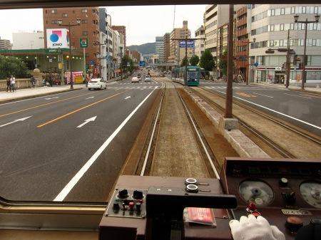 20101011_チン電の運転席