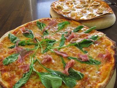 20101205_モーツアルトのピザ1