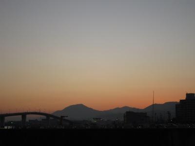 20101205_夕空と橋