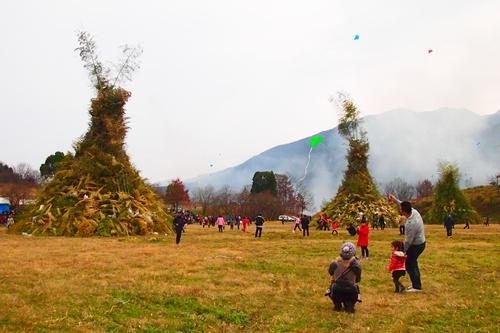 260112 緑川湖どんど祭り7