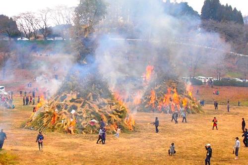 260112 緑川湖どんど祭り19