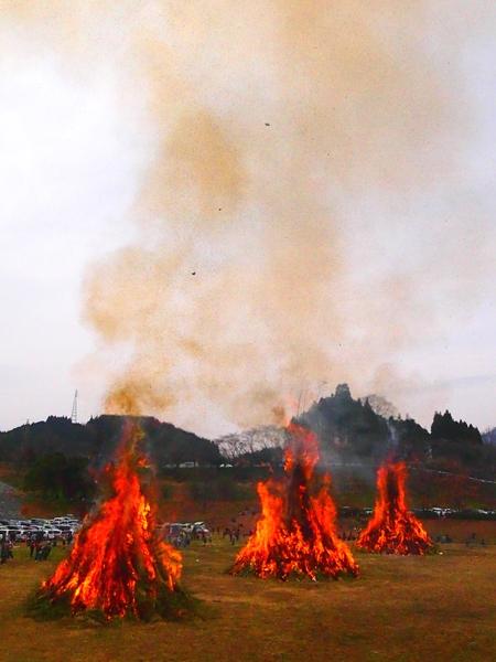 260112 緑川湖どんど祭り22