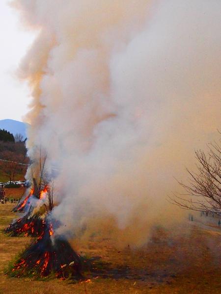 260112 緑川湖どんど祭り25