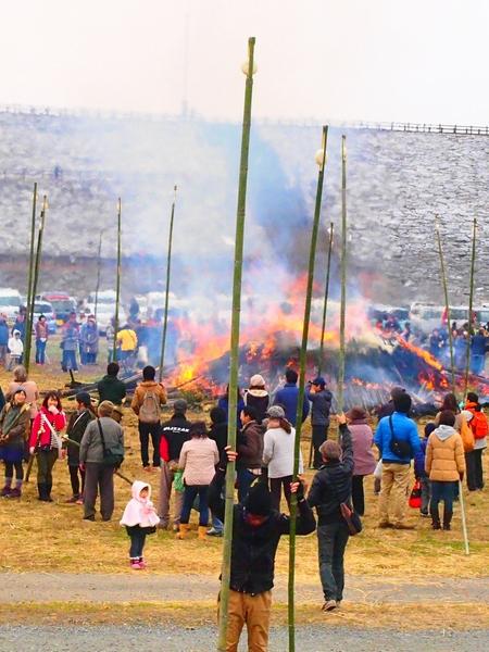 260112 緑川湖どんど祭り36