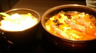 刀削麺と海鮮あんの丼物
