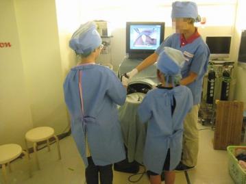 腹腔鏡手術やってます