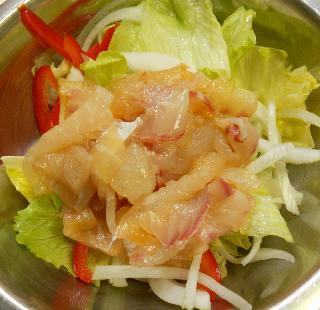 白身魚のキムチサラダ5