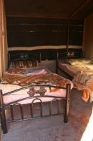 ヨルダン キャンプ ベッド
