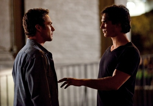 Vampire-Diaries-Season-2-Memory-Lane-2.jpg