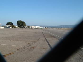 runwayb.jpg