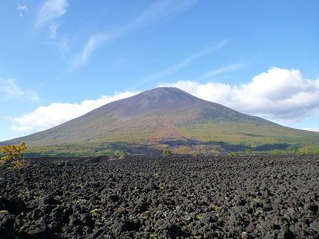 岩手山焼走り熔岩流の紅葉04(2011.10.11)