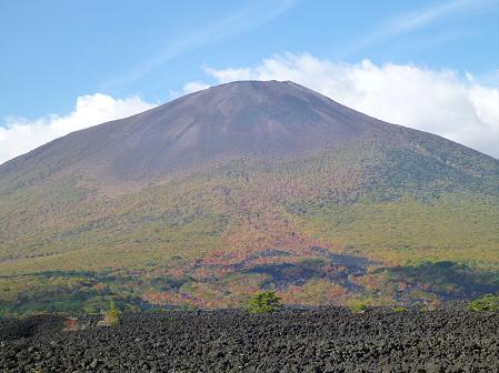 岩手山焼走り熔岩流の紅葉05(2011.10.11)