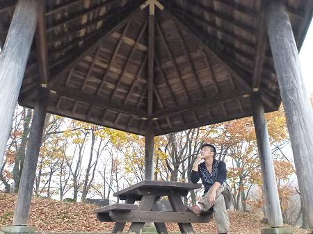 紅葉の八幡平市さくら公園01(2011.11.6)