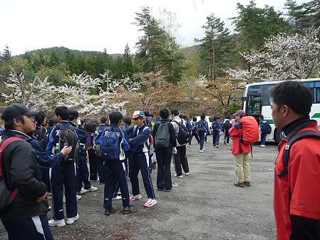 教育旅行姫神登山03(2011.5.13)