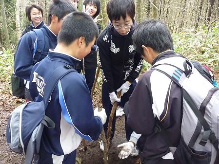 教育旅行姫神登山11(2011.5.13)