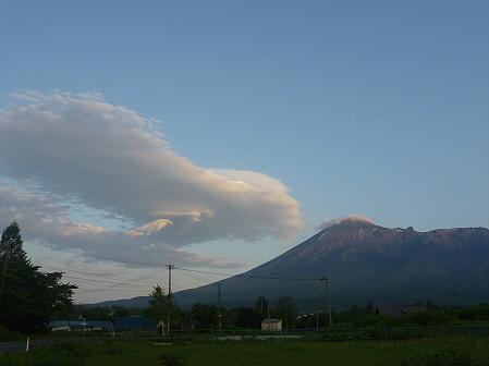 空と雲と田と07(2011.6.6)