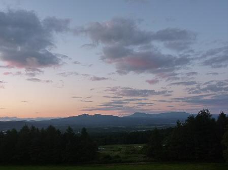 夕暮れの岩手山パノラマライン09(2011.6.15)