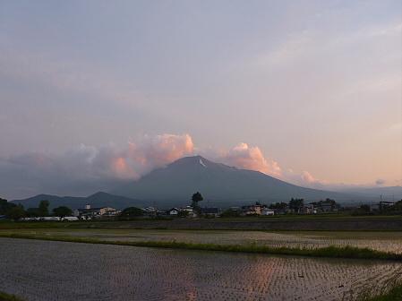 空と雲と田と15(2011.6.16)