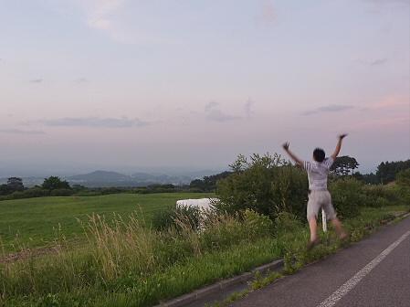 夕方の岩手山パノラマライン16(2011.7.12)ジャンプ