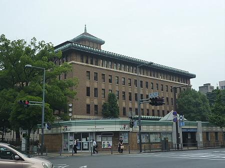 キングの塔in神奈川県庁02(2011.7.29)