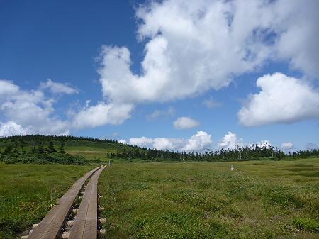 快晴の八幡平山頂64(2011.8.27)