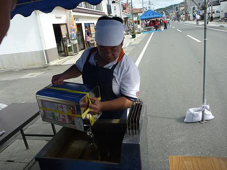 ご当地グルメ博inいわてまち15(2011.9.3)若者風