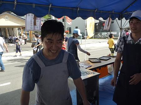 ご当地グルメ博inいわてまち37(2011.9.4)若者風