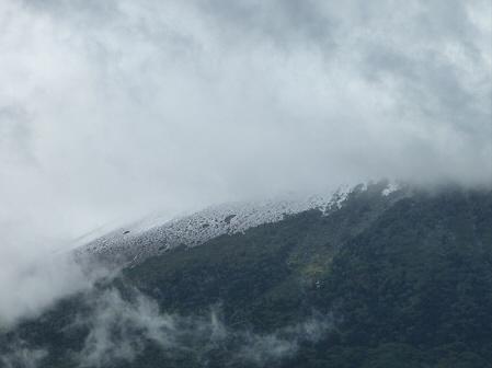 岩手山初冠雪!03(2011.10.3)