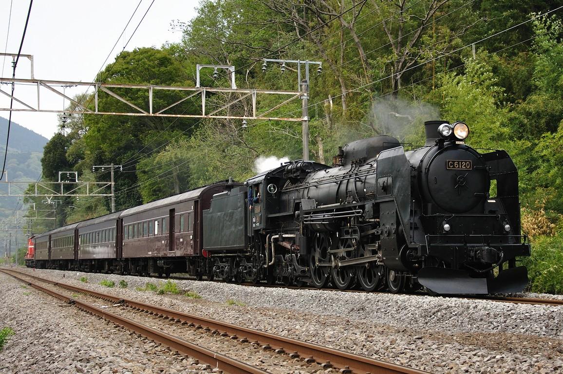 2011.05.05 1610_02(2) 敷島~津久田 C61 20+在来形客車+DD51