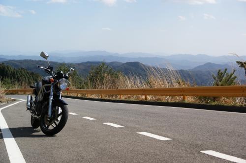 高原への道の途中