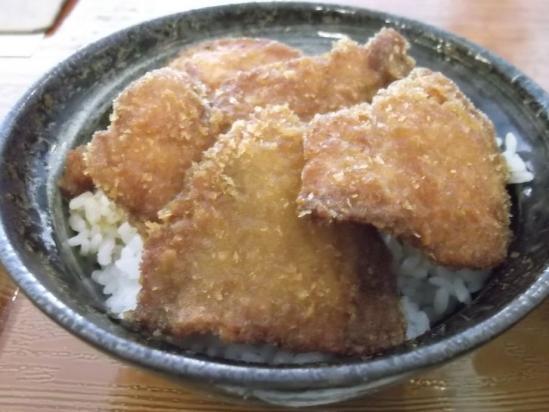新潟たれかつ丼 (2)
