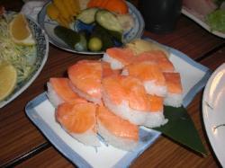 魚三の押し寿司
