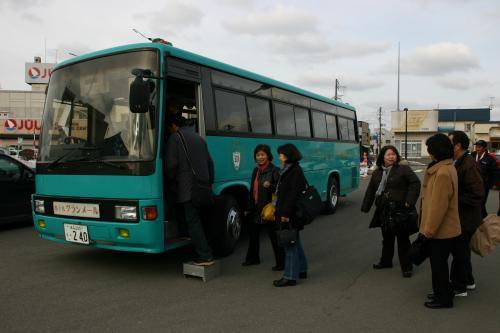 観送迎バス
