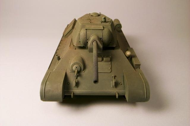 ソビエト軍 T34/76戦車 1943年生産型【1/35】